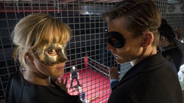 Angezählt beim Maskenball