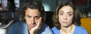 Womit haben wir das verdient? Jan (Stephan Luca) und Anne (Julia Richter) haben den Eindruck, sie seien sozial isoliert.