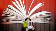 Erst kommt das Buch, dann die Lektüre: In der Verwertungsgesellschaft Wort finden sich Verleger und Autoren zusammen. Die Frage ist, wie lange noch.