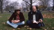 Nur zu Besuch: Bob Dylan und Allen Ginsberg am Grab von Jack Kerouac