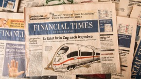 """Gruner und Jahr Wirtschaftsmedien - Im Vorstand des Verlages wird über die Zukunft der Wirtschaftstitel """"Financial Times Deutschland"""", Capital, Impulse und Börse Online beraten. Sachaufnahme der aktuellen Ausgaben."""