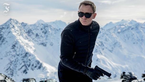 Bruder Bond behauptet sich