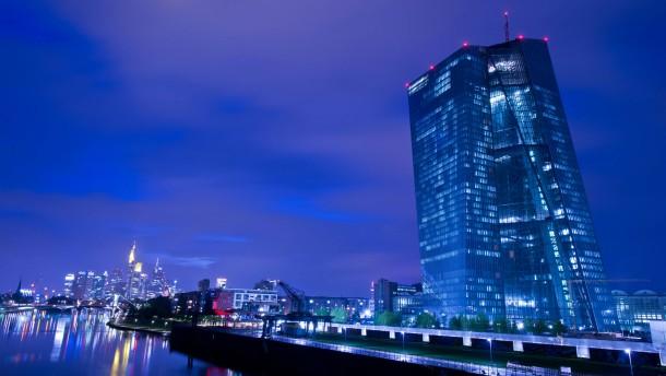 Dax leichter vor EZB-Zinsentscheidung