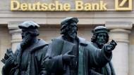Die Deutsche Bank weist auch den Weg Richtung Private Equity.