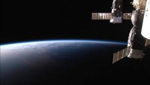 Boeing und Musk-Firma sollen Astronauten ins All bringen