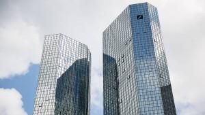 Die Konkurrenz läuft der Deutschen Bank davon