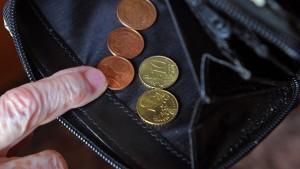 Verbraucherschützer kritisieren Leitzinssenkung