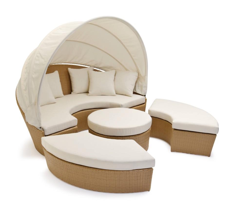 Sitzgelegenheit und Bett
