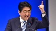 Japans Ministerpräsident Abe muss einen Rückschlag hinnehmen.