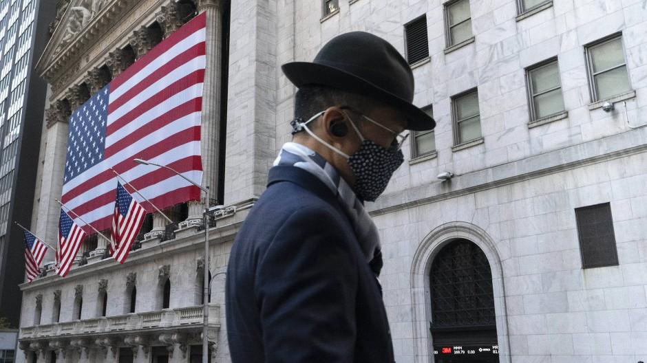 Egal wie - Die Corona-Pandemie bestimmt die Aktienmärkte weiter.
