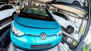 Warum sich die VW-Aktie nicht hinter Tesla verstecken muss