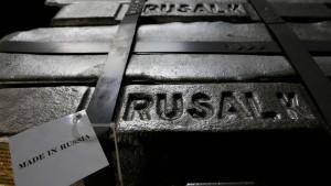 Aktienkurs des Alu-Herstellers Rusal bricht ein