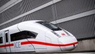 ICE am Bahnsteig: Investoren, bitte einsteigen!