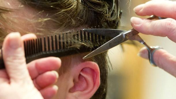 Ein Haarschnitt, eine Tankfüllung, ein Hefeweizen – alles wird teurer