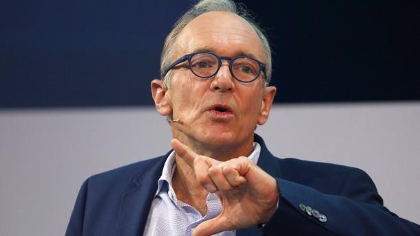 Tim Berners-Lee stellt Verfassung für faires Internet vor