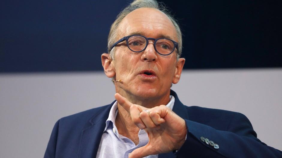 Tim Berners-Lee auf einer Digitalmesse in Köln