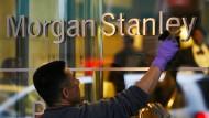 Amerikanische Großbanken kritisieren, dass ihre Gewinne durch eine Begrenzung des Eigenhandels leiden könnten.