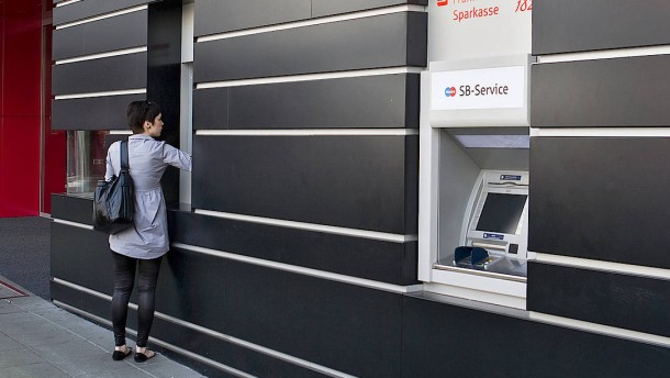 Lang lebe der Geldautomat!