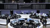 Die Dax-Tafel am Freitag an der Frankfurter Wertpapierbörse