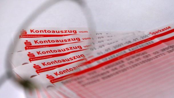 Behörden überprüfen mehr private Konten