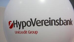 Unicredit plant Verlagerung von HVB-Bereichen nach Italien