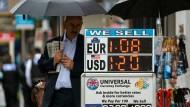 Beim Währungsumtausch lassen sich immer noch gut Gebühren schneiden.