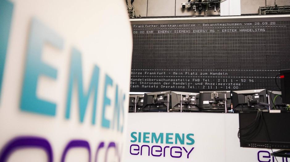 Börsenplakat von Siemens Energy: Der Dax-Neuling will sein Geschäft mit Wasserstoff massiv ausbauen.