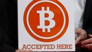 Der Erfinder der digitalen Währung will mit den Bitcoins nichts mehr zu tun haben.