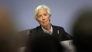 Die Notenbank lässt die Schleusen weiter offen