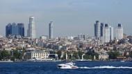 Istanbuls neue Skyline: Die Türkei gehört zu den größten Gewinnern der niedrigen Energie- und Nahrungsmittelpreise
