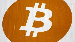 Hacker erbeuten fast 70 Millionen Dollar in Bitcoin