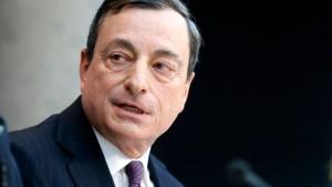 Gespanntes Warten auf die EZB