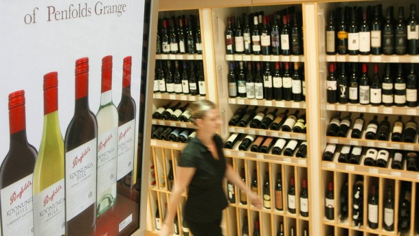 Australier bieten jungen Rotwein für 130.000 Euro