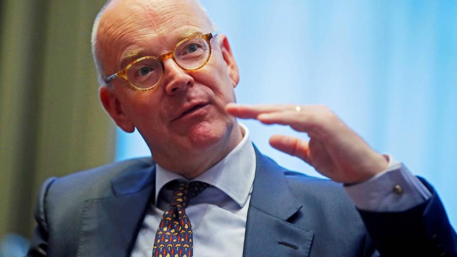 Martin Blessing während eines Interviews in Zürich