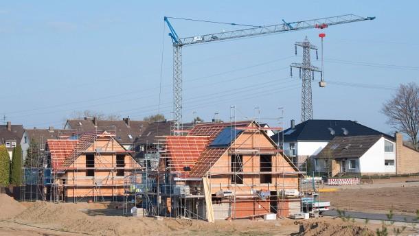 Immobilienkäufer nutzen Niedrigzins für Tilgung und längere Bindung