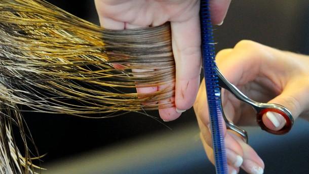 Warum kostet der Frauen-Haarschnitt 12,50 Euro mehr?