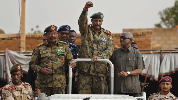 Warum gegen afrikanische Regierungen so oft geputscht wird