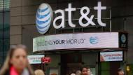 AT&T senkt Umsatzprognose