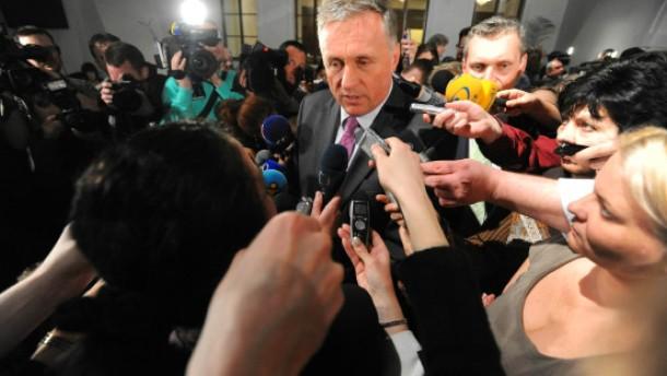 Regierungskrise belastet die tschechische Krone