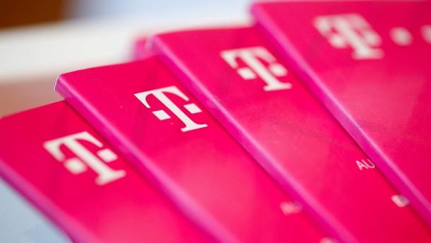 Bund gegen Fragerecht für Telekom-Aktionäre