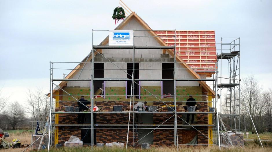 Die Finanzierung einer Immobilie sollte gut überlegt sein.