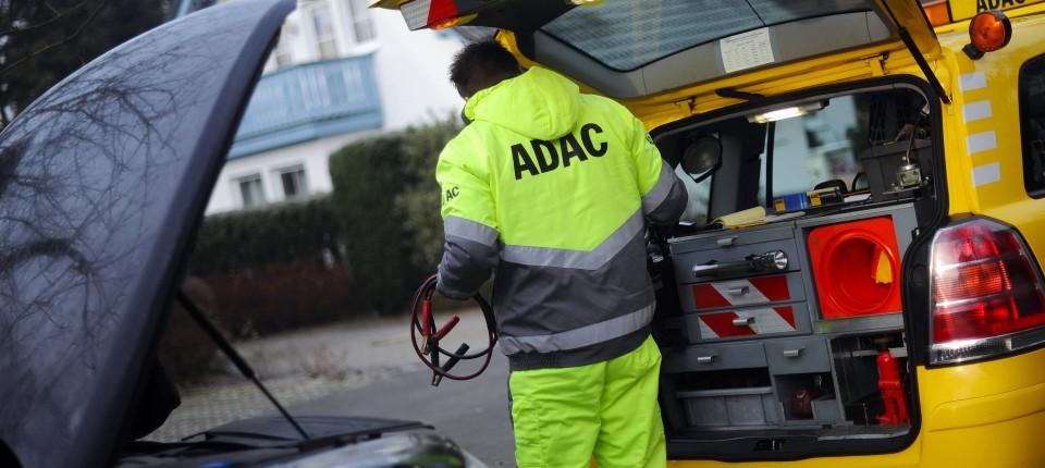 Kfz Versicherung Bei Pannenhilfe Gunstiger Als Automobilclub