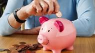 Deutsche Bundesbank: Auch mit geringem Zinsertrag lohnt sich sparen.