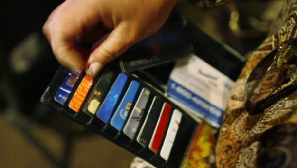 Mastercard senkt Gebühren