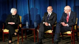 Frühere Notenbank-Präsidenten warnen Donald Trump