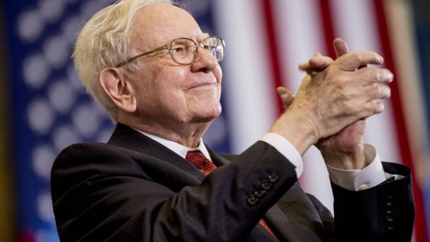Donald Trump gegen Warren Buffett