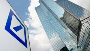 Die Deutsche Bank räumt endlich auf