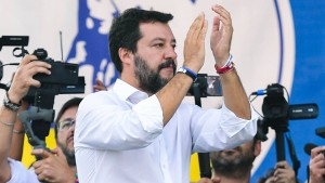 Salvini will nicht mehr gegen den Euro sein