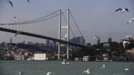 Die Lage am Bosporus wird für deutsche Lieferanten immer unangenehmer.