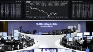 Erwarteter Zinsanstieg in Amerika stoppt Rekordlauf im Dax